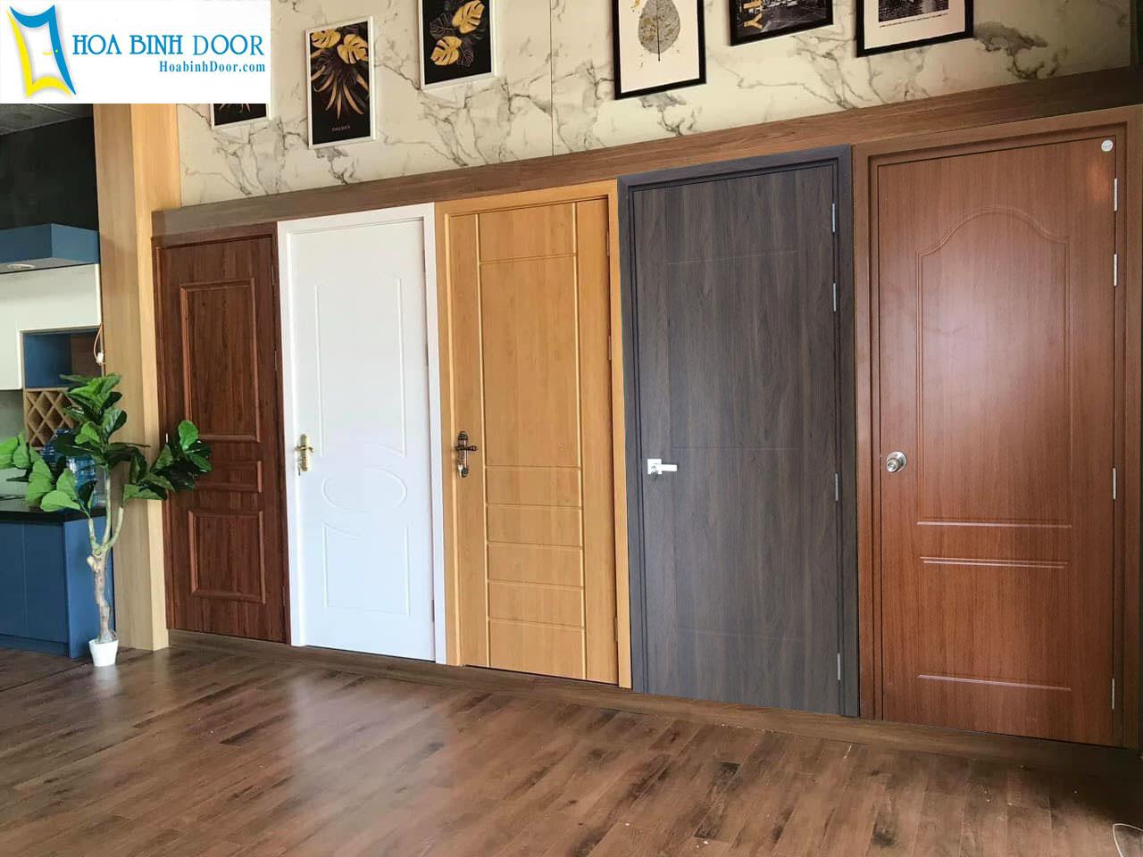 mẫu cửa phòng ngủ nhựa composite